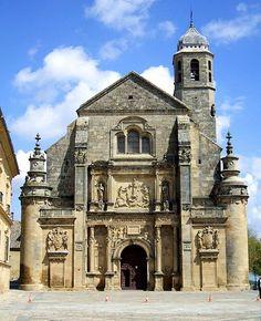 ANDRÉS DE VANDELVIRA: Sacra Capilla del Salvador del Mundo, Úbeda. Construida por encargo de Francisco de los Cobos, secretario personal de Carlos I, a partir del proyecto inicial de Diego de Siloé como su panteón familiar.