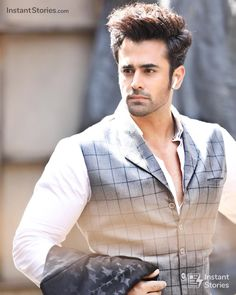 Filmy Masala Now Handsome Actors, Handsome Boys, Handsome Celebrities, Star Fashion, Boy Fashion, Sunshine In My Pocket, Crush Pics, Boy Photography Poses, Cute Stars