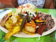 Carne Asada, Gallo Pinto y Tajadas - Nicaragua
