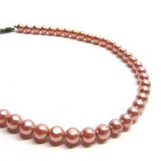 1950s pearls #doortjevintage