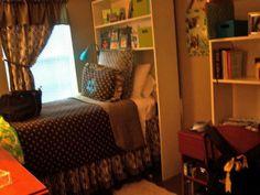 Adorable dorm room