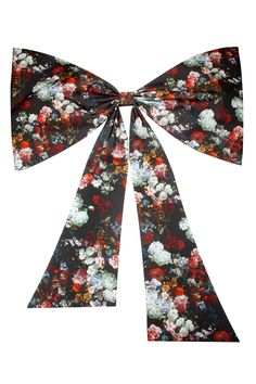 Black floral back bow belt available only at Pernia's Pop-Up Shop.