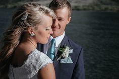 Matt Shumate Photography wedding bride and groom portrait along side the Columbia River