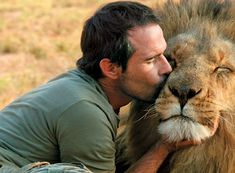 The Lion Whisperer: Fighting to Save an Endangered Species | Reader's Digest
