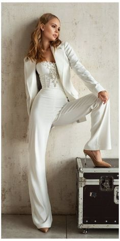 Wedding Pantsuit, Wedding Dress Suit, Bride Suit, Wedding Dresses, Wedding Bride, Womens Wedding Suits, Lesbian Wedding, Wedding Attire For Women, Vogue Wedding