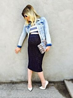 Crop Top | Liv.vie In Love Denim jacket, striped crop top, high waisted knit pencil skirt, white pumps, snake print clutch, and mirrored sunglasses. Maternity style, maternity fashion, pregnancy style, pregnancy fashion, baby bump style, baby bump, 33 weeks, ootd, wiwt, blogger, fashion stylist Pregnancy Style, Pregnancy Fashion, Maternity Style, Maternity Fashion, Baby Bump Style, Knit Pencil Skirt, White Pumps, Striped Crop Top, Fashion Stylist