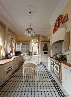 Awesome art nouveau design in kitchen