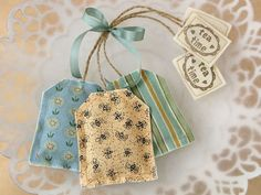 Lavender Sachets - Unfortunately, there are no instructions, but what a lovely party favor. You could use fabric around the theme of your party and print the tea bag tags as favor tags. Lavender Bags, Lavender Sachets, Lavender Tea, Homemade Gifts, Diy Gifts, Homemade Tea, Sewing Crafts, Sewing Projects, Tea Bag Art