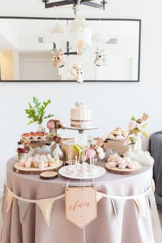 Best of 2016 baby showers | Baby shower ideas | 100 Layer Cakelet