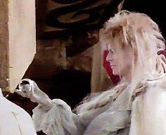 Jim Henson Labyrinth, Bowie Labyrinth, Labyrinth Movie, Goblin King, Jennifer Connelly, David Bowie, Labyrinth Goblins, Sarah And Jareth, Labrynth