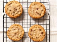 Your Chocolate Chip Cookies Can Be Even Better... tips (and recipe) for making the best chocolate chip cookies
