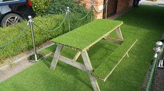 #arttragrass #artificialgrass #london #bespoke #bespokegrass #garden #bench #gardenbench #greencarpetevents