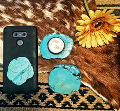 Jumbo Turquoise Phone Holders Cowgirl Tuff, Cowgirl Style, Western Style, Random Things, Random Stuff, Boho Style, My Style, Boho Bags, All That Glitters