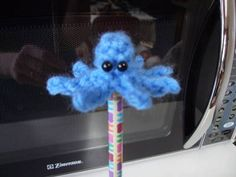 Free Octopus Pencil Topper Crochet Pattern
