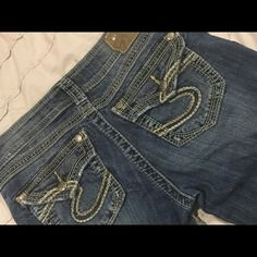 Silver jeans in like new condition! The perfect pair of jeans!  28 waist with 31 inch inseam...have too many pairs of jeans! Silver Jeans Jeans Boot Cut