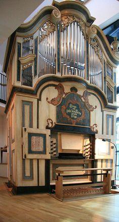 Halle (Saale), Händelhaus (Mauer-Orgel) – Organ index, die freie Orgeldatenbank                                                                                                                                                                                 Mehr