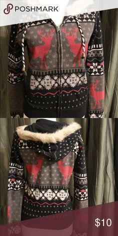 Winter Sweatshirt Has slight fake fur on the hood. Thin like a normal sweatshirt. No extra fluff on the inside. Worn twice. Forever 21 Tops Sweatshirts & Hoodies