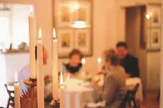Bildergebnis für friesisches essen Candles, Friesian, Easy Meals, Food And Drinks, Candy, Candle Sticks, Candle