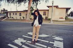 A Gap blazer as featured on the blog Neon Blush.