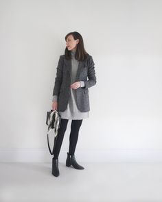 Style Bee - A WEEK OF OUTFITS FOR WORK Sweater Dress Outfit, Blazer Outfits, Work Outfits, Winter Outfits, Ankle Boots Outfit Winter, Grey Knit Dress, Dress Black, Houndstooth Coat, Knit Blazer