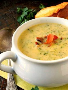 Cheesy Broccoli Soup is filled with broccoli and real grated cheddar cheese with a touch of cream added to make it luscious. This delicious soup comes together quickly for a fantastic weeknight meal. Broccoli Cheese Rice, Cheesy Broccoli Soup, Broccoli Cheddar, Brocoli Soup, Soup Recipes, Cooking Recipes, Broccoli Recipes, Oven Recipes, Recipes Dinner