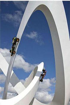重力を感じさせない24個の不思議な彫刻 - GIGAZINE