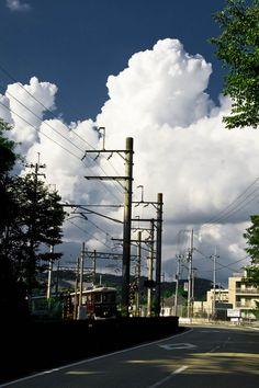 入道雲 Beautiful Sky, Beautiful Landscapes, Beautiful World, Beautiful Places, Japan Landscape, City Landscape, Kobe Japan, Life Pictures, Landscape Illustration
