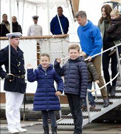 The royal family continues their official visit to Greenland. - Visit Nanortalik