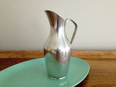 Pewter Pitcher Scandinavian Brodrene Mylius by vintage19something, $24.00 Tablewares, Scandinavian Design, Pewter, Mid-century Modern, How To Memorize Things, Mid Century, Vase, Vintage, Home Decor