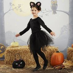 Another cat costume idea for little girl.