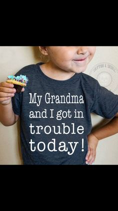 Best Baby Reveal Ideas For Grandparents Grandchildren Ideas Quotes About Grandchildren, Grandkids Quotes, Grandma And Grandpa, Grandma T Shirts, Grandma Onesie, My Daddy, Shirts With Sayings, Grandparents, Funny Kids
