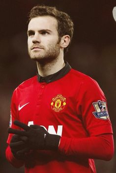 Juan Mata of Manchester United. He looks like a younger, better looking Rooney Rugby Players, Football Players, Fifa, Manchester United Players, Manchester City, Football Soccer, Football Things, Football Pics, Football Fever