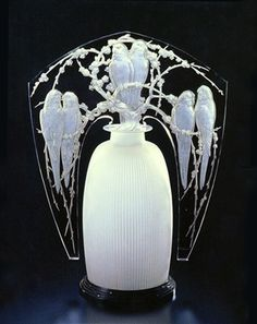 Art Deco Night Light, René Lalique, 1920, 47 x 35.2 x 17.5 cm