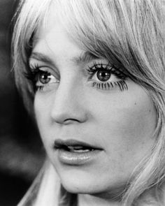 goldie hawn with killer eyelashes