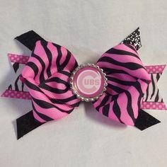 #bjsbowbows #bow #hairbow #zebrabow #zebraprint #chicagocubs #gocubsgo #cubsbow #bottlecap #pinkandblack #bottlecap #handmade