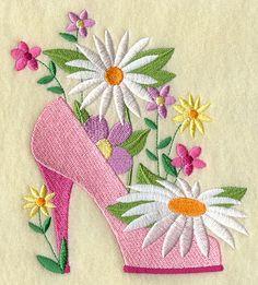 FASHION FLOWER  SHOE - Machine Embroidered Quilt Block (AzEB). $14.95, via Etsy.