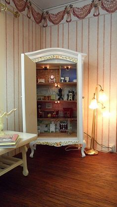 Dollhouse for a dollhouse