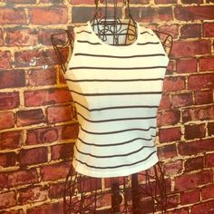 Brandy Melville Stripped Crop Top! Brandy Melville Crop Top. Stripped black and white. Excellent Condition  Brandy Melville Tops Crop Tops