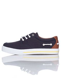 POLO Low top kids sneaker Lace up closure Padded tongue with POLO horse logo Canvas material throughout Cushioned sole for ultimate comfort