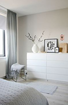 Another grey and white bedroom with a hint of pink. Bedroom by Holly Marder —- white dresser Another grey and white bedroom with a hint of pink. Bedroom by Holly Marder —- white dresser Ikea Malm Dresser, Minimalist Bedroom, Minimalist Interior, Bedroom Styles, New Room, Room Inspiration, Bedroom Decor, Bedroom Ideas, Cozy Bedroom