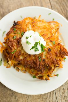 Crispy Potato Latkes | browneyedbaker.com #recipe #oktoberfest #hanukkah - these looks absolutely perfect!