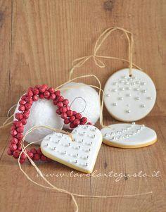 Biscotti di Natale decorati in Pasta di Zucchero - Ricetta