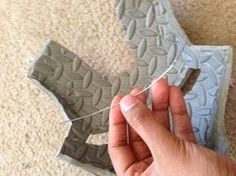 Bending, Shaping and Strengthening Foam Armor (Cheap and Easy Method) Cosplay Armor, Cosplay Diy, Cosplay Makeup, Halloween Cosplay, Cosplay Ideas, Halloween 2016, Anime Cosplay, Halloween Costumes, Costume Tutorial