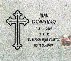 Federico Gonz hace lápidas funerarias.