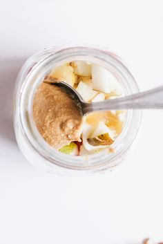 The Breakfast Jar to take with you on the go in the mornings for a healthy start to your day in a hurry!