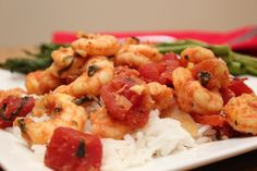 Healthy Recipe For Tomato Shrimp Skillet - Michelle Marie Fit Fish Recipes, Drink Recipes, Healthy Recipes, Skillet Shrimp, How To Cook Shrimp, Seafood, Roast, Paleo, Turkey