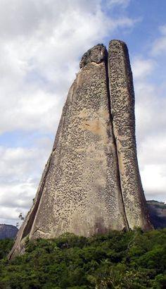 Pedra do dedo - Nova Venécia - ES - Brasil http://www.skyscrapercity.com/showthread.php?t=1305603