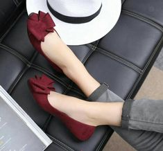Just buy Walk Bow Pointy Flats - - Fancy Shoes, Pretty Shoes, Beautiful Shoes, Cute Shoes, Me Too Shoes, Flat Shoes, Pointy Flats, Ankle Strap Flats, Dream Shoes