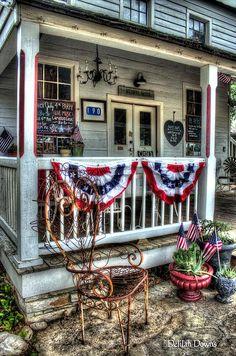 Royers Pie Haven - Round Top, Texas @tarathepiequeen