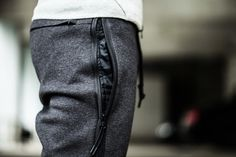 Image of A Closer Look at the Nike Tech Pack Nike Outfits, Sport Outfits, Nike Tech Fleece Pants, Nike Pants, Nike Shoes, Sport Fashion, Mens Fashion, Der Gentleman, Casual Chique